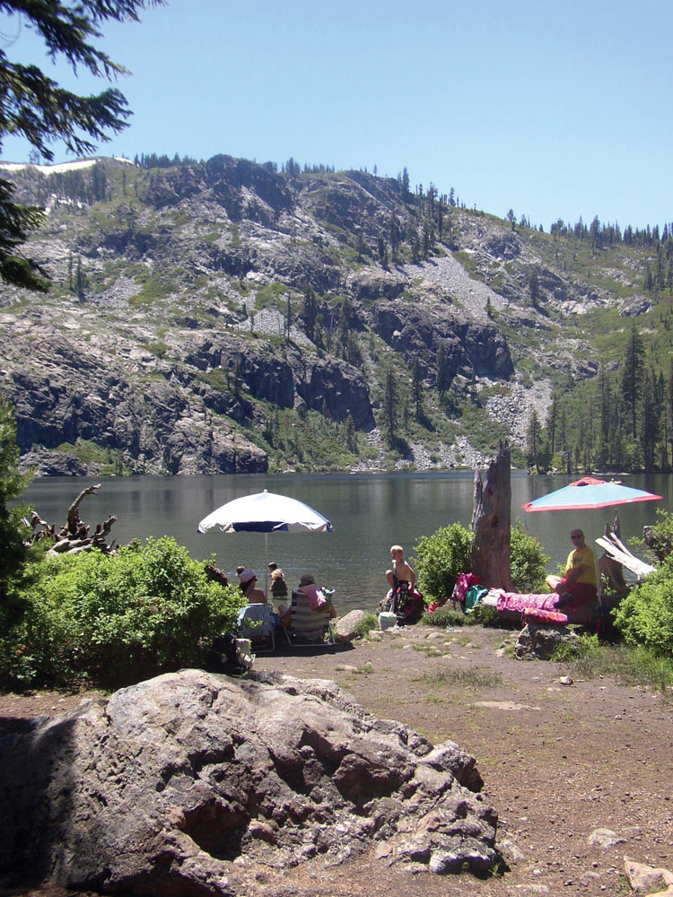 Swimming and picnicking on Castle Lake