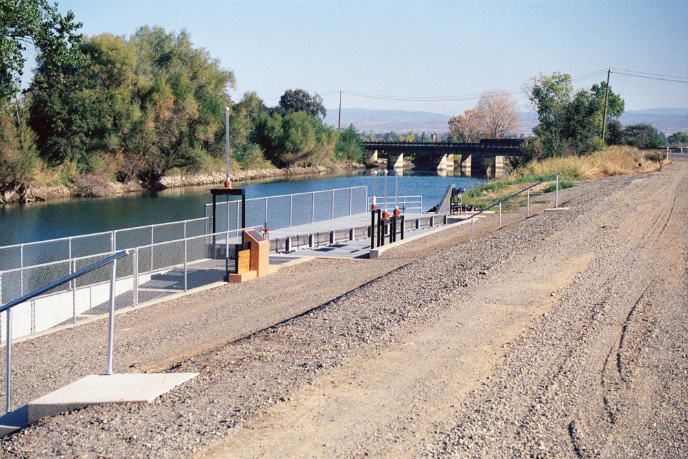 Irrigation diversion on lower Butte Creek